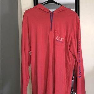 Men's vineyard vines t-shirt hoodie